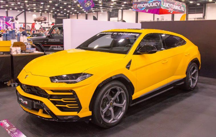 Italian luxury crossover Lamborghini Urus